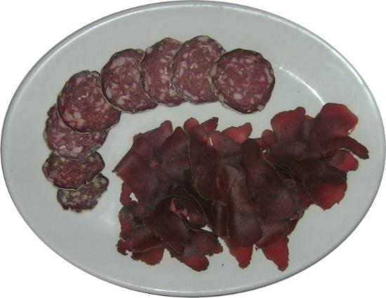Agriturismo Cascina Barbassa: salame di struzzo