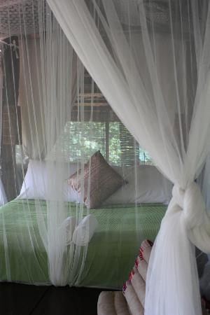 BaanBooLOo Traditional Thai Guest House: Newly renovated room with 4 poster bed