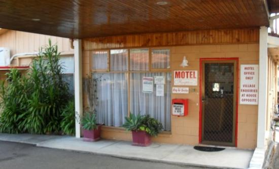 Warrack Motel