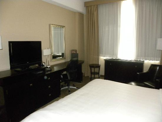 Crowne Plaza Columbus Downtown: Our room