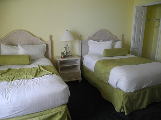 The Cove on Ormond Beach: double beds south tower