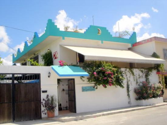 Las Lunas Inn