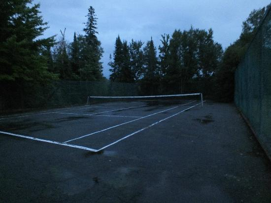 Sundridge, Kanada: tennis court