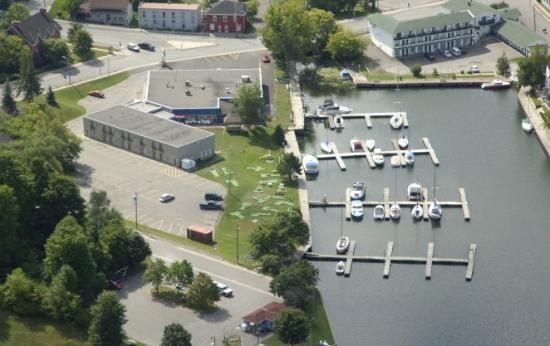 Photo of Tip of the Bay Hotel & Marina Picton