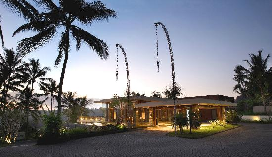 The Samaya Bali: Dusk in Paradise