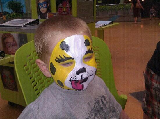 ‪‪Bloomington‬, ‪Minnesota‬: facepainting