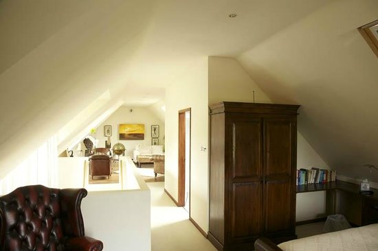 The Lodge at Ruddington: Bedroom suite