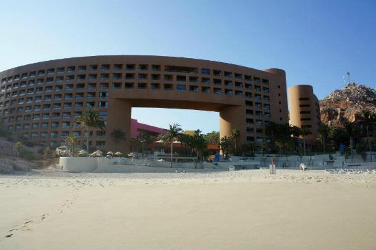 Westin Resort & Spa Los Cabos: View from beach
