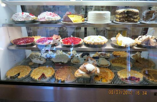 BEST WESTERN PLUS Inn of Williams: Pine Country on Route 66 dessert case
