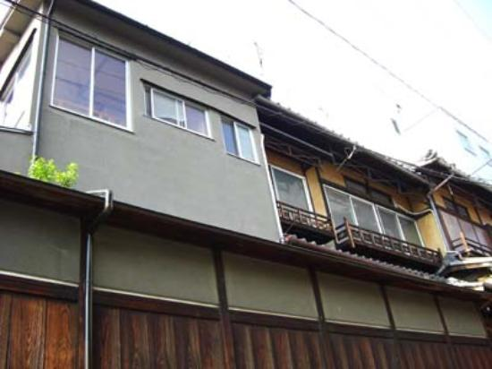 Gojo Guest House Annex