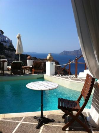 Oia Mare Villas: view from breakfast room