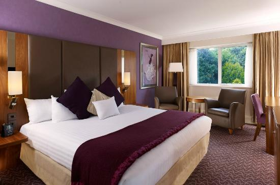 DoubleTree by Hilton Hotel Sheffield Park: Deluxe King Bedroom