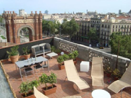 Arc de Triomf Hostel