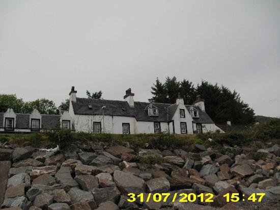 Lochcarron, UK: View of front of Hotel