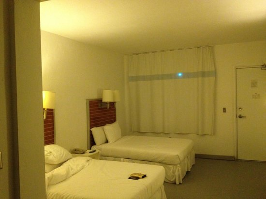 Aqua Hotel and Suites: room from another angle. It was clean.