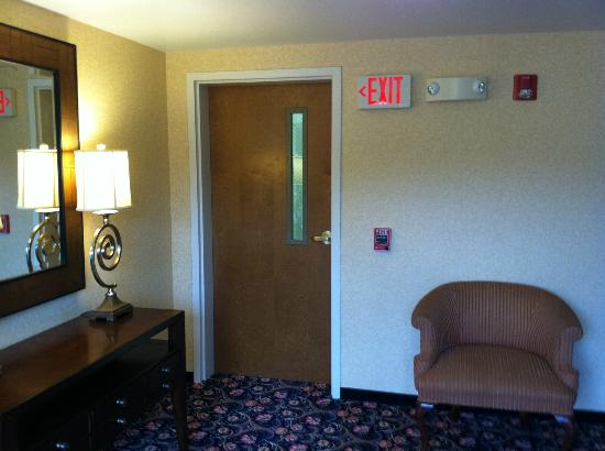 Courtyard by Marriott Portsmouth: Hall