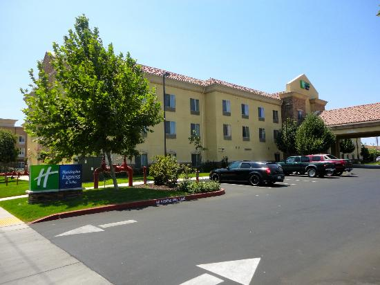Holiday Inn Express Hotel & Suites Merced: Very nice first impressions