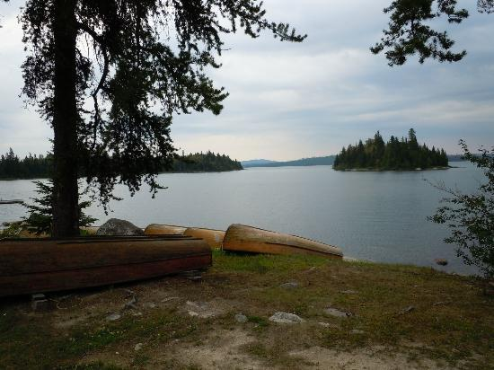 Wabatongushi Lake, Kanada: View from the lodge area