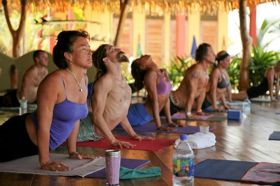 Costa Rica Yoga Spa: yoga session