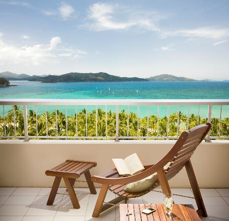 Coral Sea View Room Balcony, Reef View Hotel