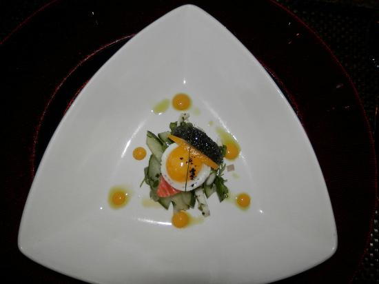 Smoked salmon and quail egg picture of flying fish cafe for Flying fish egg