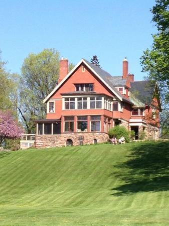 Pinehurst Manor: Our home away from home, truly lovely.