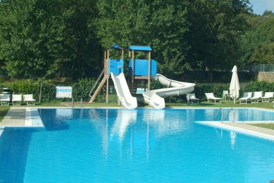 Swimming pool for children picture of parco delle for Camping delle piscine sarteano