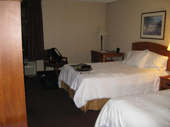 Hampton Inn Secaucus-Meadowlands: 2 Queen beds room