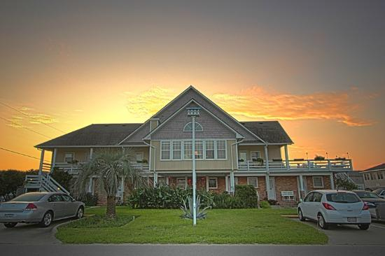 Cape Hatteras Bed and Breakfast: Sunrise at Cape Hatteras Bed & Breakfast
