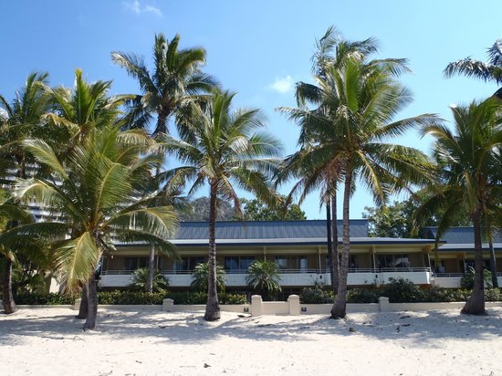 Beach Club: View of hotel