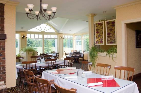 BEST WESTERN PLUS University Inn: Dining Room