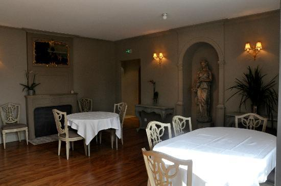 Salle manger picture of hotel le sauvage besancon tripadvisor - Hotel le sauvage besancon france ...