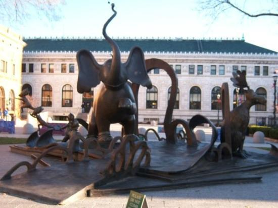 Yertle The Turtle Picture Of Dr Seuss National Memorial