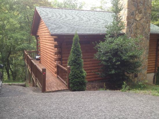 Cripple Creek Bed and Breakfast Cabins: Locust Grove Cabin
