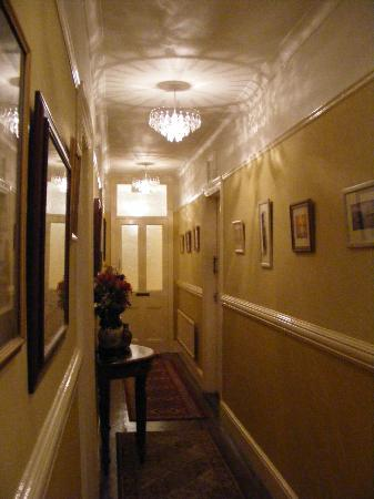The Beech Tree Guest House: Hall way