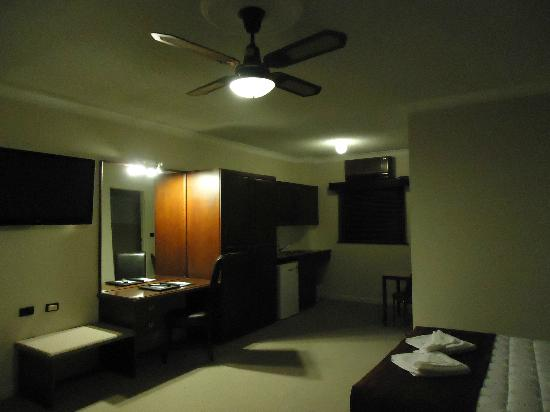 Country Comfort Coffs Harbour: Big room