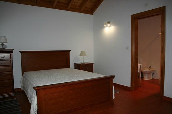 Rosais, Portugal: our big Double room, with private bath