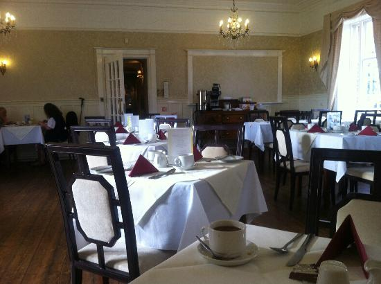 Chirk, UK: Breakfast/dining room