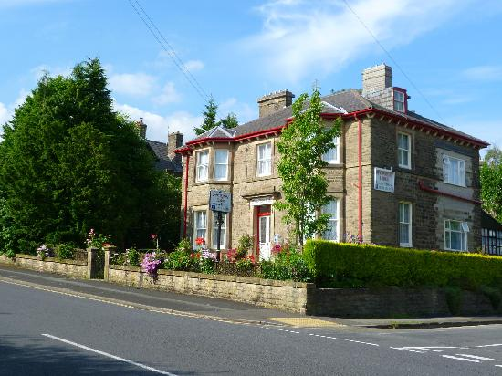 Hotels Near Buxton