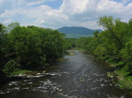 Photo of Mount Ascutney