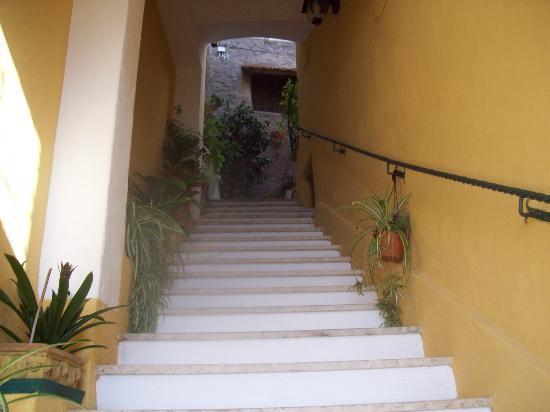 Casa Cosenza: entrance