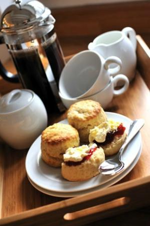 The Sunday House: Cream tea