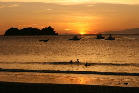 Playa Hermosa Bosque del Mar Hotel: Another beautiful sunset