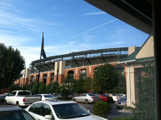 Country Inn & Suites By Carlson, Atlanta Downtown South at Turner Field, GA: View from Hotel Room