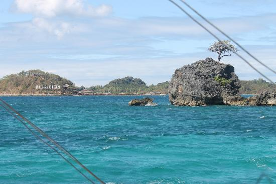 San Jose, Filippinene: a glimpse of Grace Island