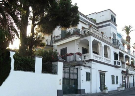Dumbolo B&B in Villa Bice