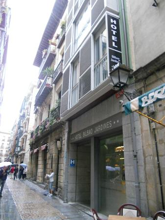 301 moved permanently for Jardines 6 bilbao