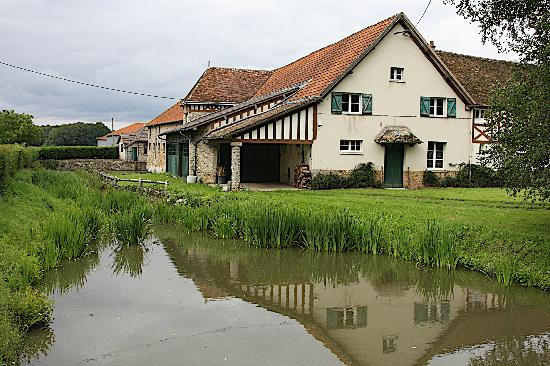 Les Chapelles-Bourbon, Frankrike: Manoir de Beaumarchais Farmhouse