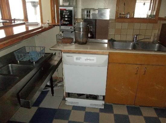 Greenwood Pier Inn: Kitchen