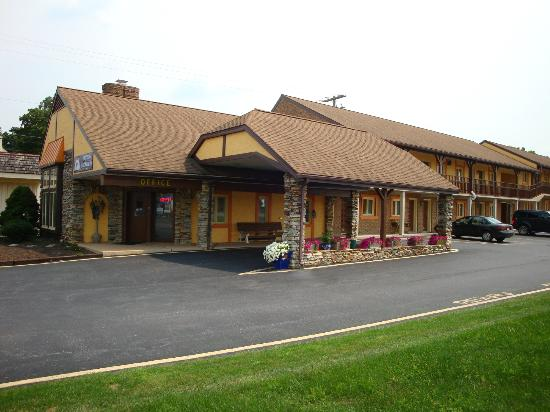 Americas Best Value Inn Ronks : Main 